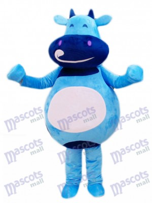 Caricature de costume de mascotte de veau bleu bovin