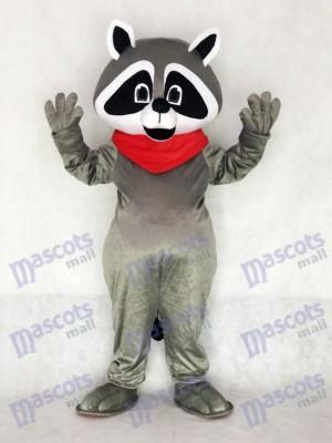 Raton laveur avec un costume de mascotte de Red Neckerchief
