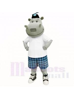 Hippo ensoleillé avec une chemise blanche et des costumes de mascotte