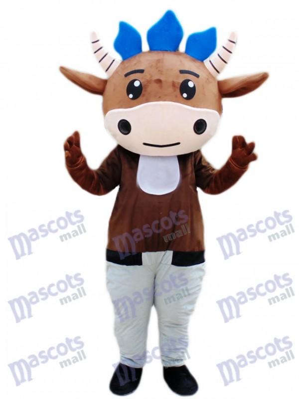 Bande dessinée de costume mascotte de veau brun bovins
